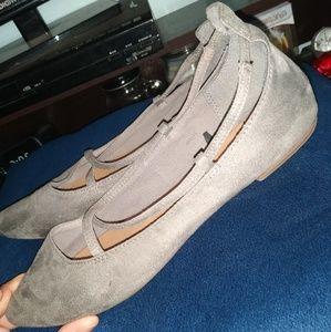 💥FINAL PRICE💥 Women's Gap Grey Suede Flats